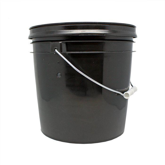 Micro câmera oculta em um balde, acima de qualquer suspeita.